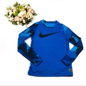 Nike Pro HyperWarm Fitted Top